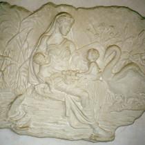 Ara Pacis déesse Gaïa 1996 - Sculpture en plasticine, moulée et produite en plâtre pour reproduction commerciale