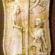 Bouclier Dame et Chevalier 1995 - Sculpture en plasticine, moulée et produite en plâtre pour reproduction commerciale
