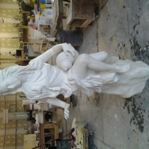 GARGAMEL LAIR'S STATUES  The sculptures are molded and casted out of plaster, then assembled. Molders: Gilles St-Amand, Claude Massicotte, Fabrice Lapa assisted by the sculptor team