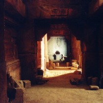 Open Tunnel set - Styrofoam coated with cement, sculpted stones and column bases casted in plaster