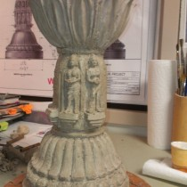 Scale model sculpted by Lucie Fournier under the direction of Production Designer John Myhre. This step is very important to establish the look of Interior Monastery columns. The model is then molded and casted in plastic as a reference for sculptors.